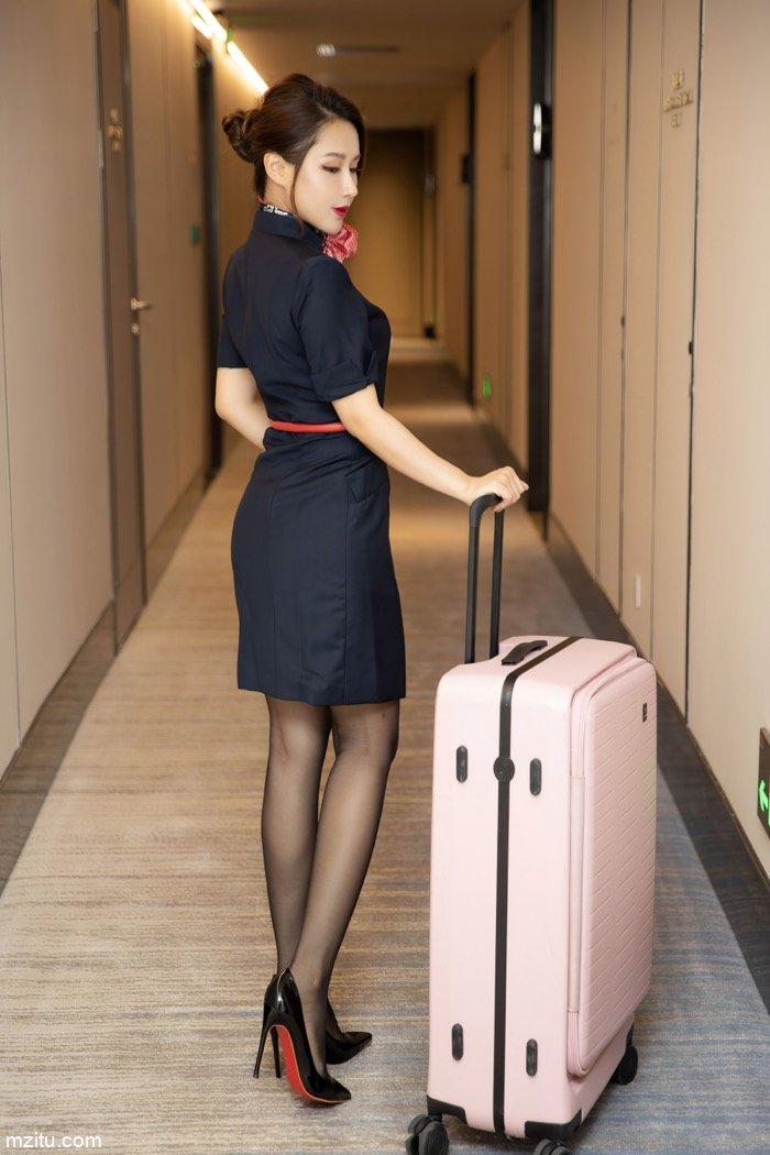 空姐女友徐安安,飞行归来陪你玩SM