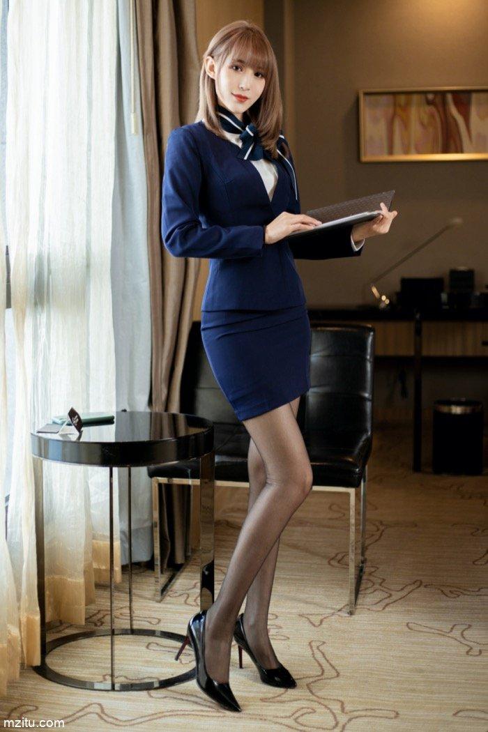 总裁的娇俏秘书周慕汐,满足了男人对秘书的所有幻想
